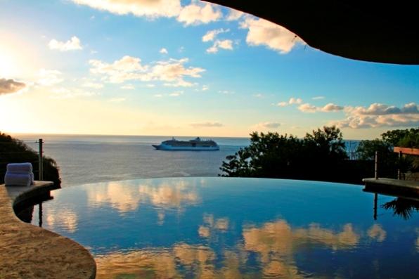 Travel Tuesday: Jade Mountain Resort