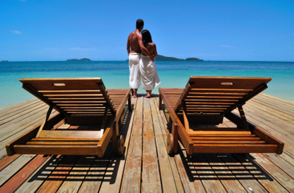Travel Tuesday: 15 Romantic Honeymoon Destinations