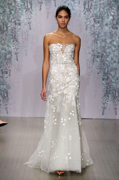 monique-lhuillier-f16-wedding-dress-10_detail