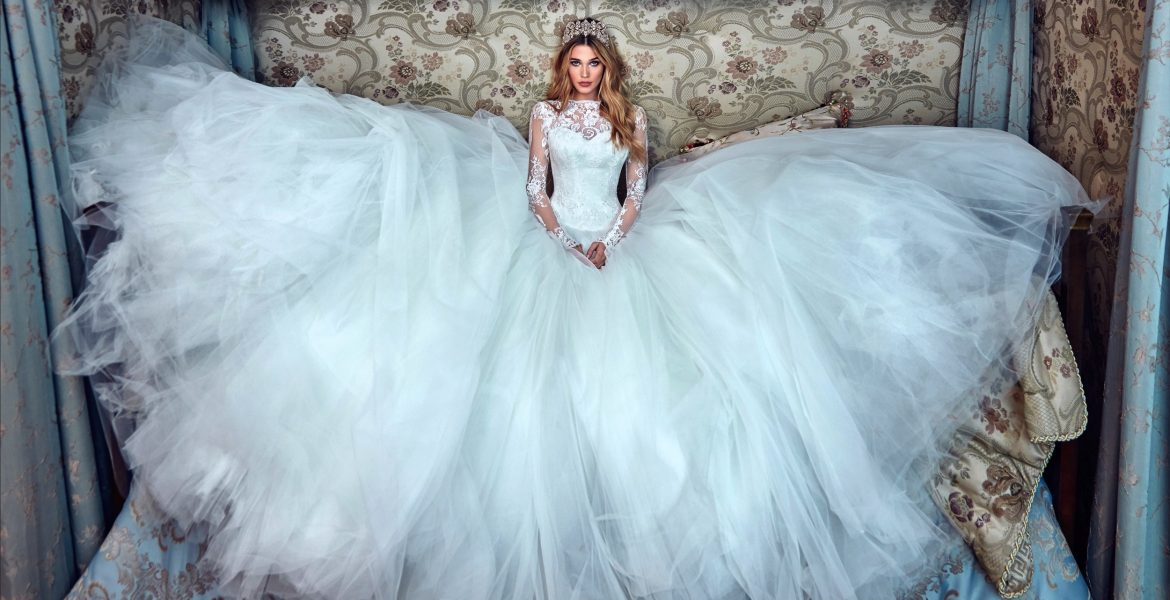 Galia Lahav Spring 2017: Le Secret Royal Collection – Style to the ...
