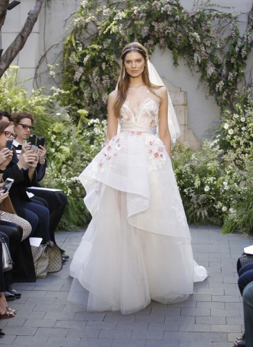 01-monique-lhuillier-bridal-spring-17