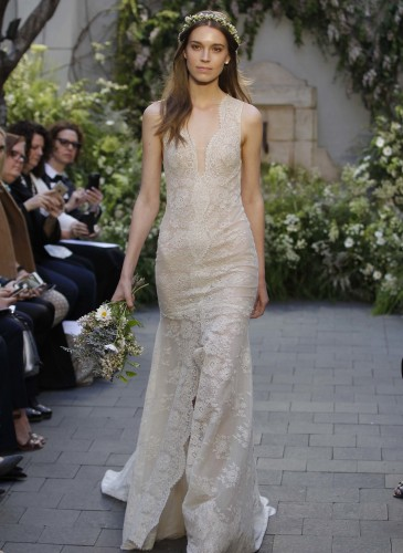 09-monique-lhuillier-bridal-spring-17