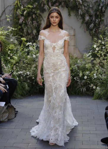 23-monique-lhuillier-bridal-spring-17